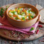 Super Easy Cauliflower Vegetable Soup